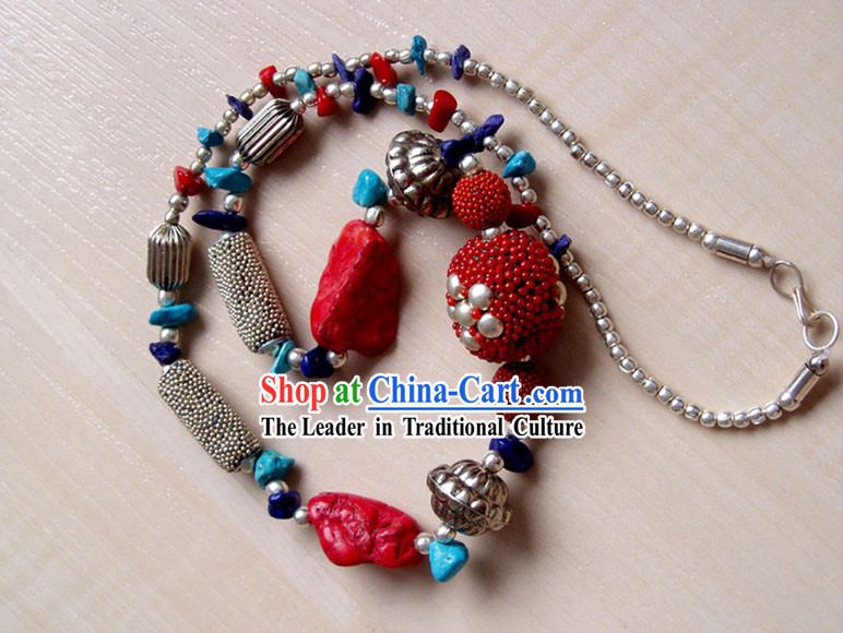 Tibet Stunng Turquoise Necklace