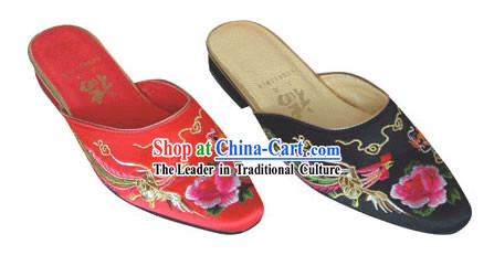 Chinese Traditional Handmade Satin Slipper (dragon and phoenix)