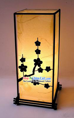 Ancient Style Plum Blossom and Moon Silk Lantern