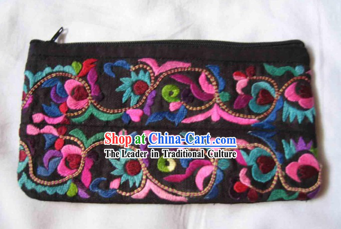 Chinese Large Miao Minority Silk Thread Hand Embroidery Purse