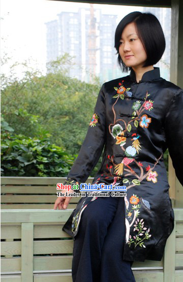 Chinese Traditional Handmade and Embroidered Bird and Flower Long Silk Overcoat for Women