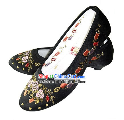 Chinese Traditional Handmade Embroidered Satin Shoes (pomegranate blossom, black)