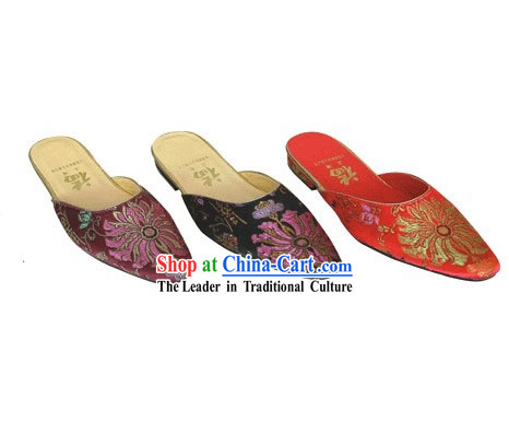 Chinese Traditional Handmade Satin Slipper (chrysanthemum)