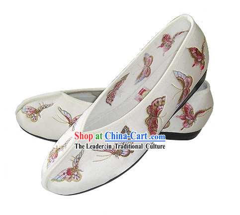 Chinese Traditional Handmade Embroidered Butterfly Satin Shoes (white)