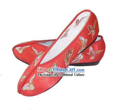 Chinese Traditional Handmade Embroidered Butterfly Satin Shoes (red)