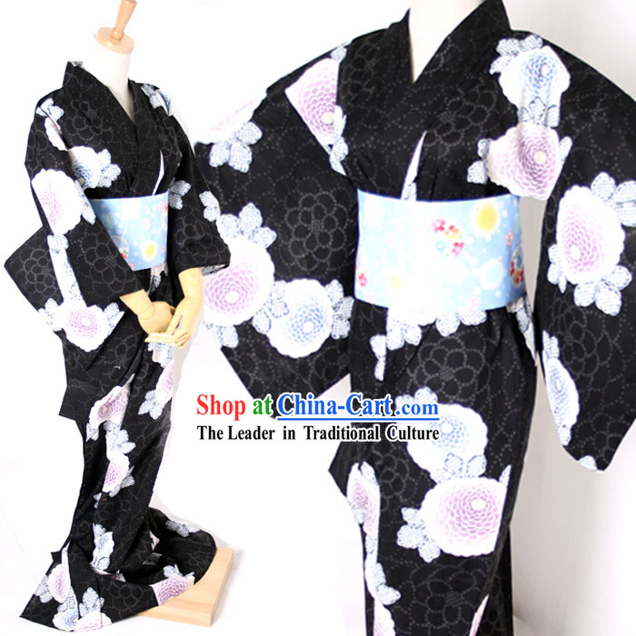 Traditional Japanese Black Kimono and Belt Full Set