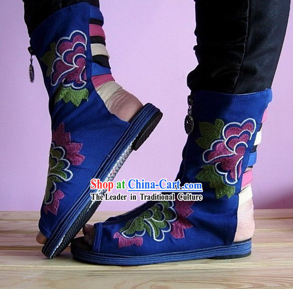 Chinese Handmade Embroidered Typical Shoes