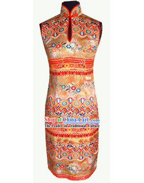 Traditional Mandarin Handmade Colorful Flowery Silk Cheongsam