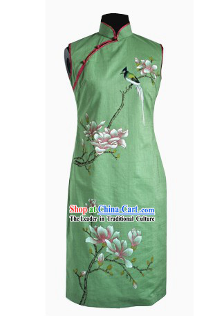 Traditional Handmade and Painted Yulan Cheongsam