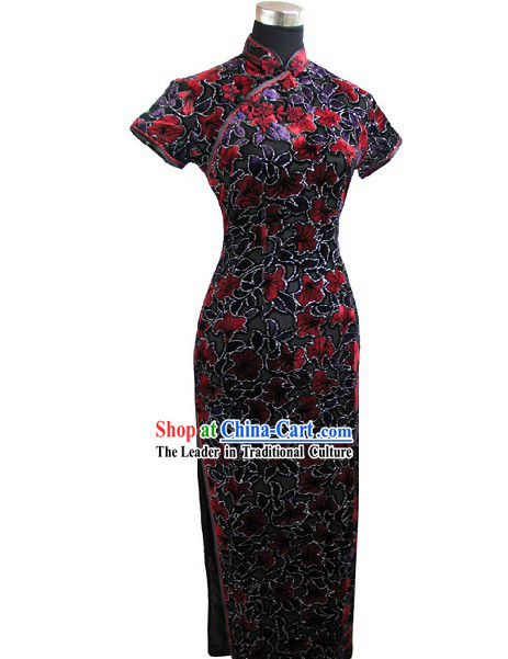 Chinese Traditional Flowery Long Cheongsam