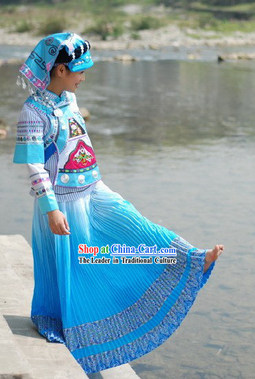 Chinese Traditional Handmade Yi Minority Dance Costumes and Hat for Women