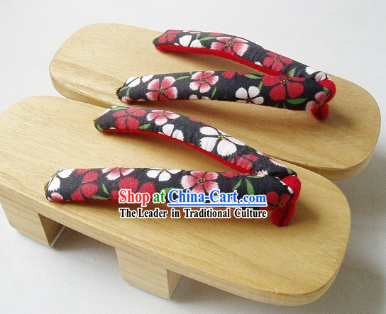 Traditional Japanese Yukata Shoes Set for Women