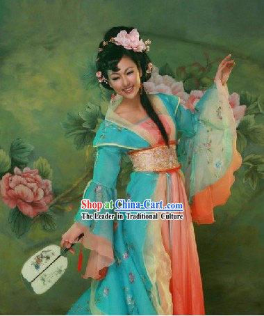 Chinese Classical Wedding Dress with Long Tail