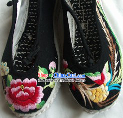 Chinese Traditional Phoenix and Peony Shoes
