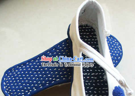 Chinese Traditional Handmade Embroidery Shoes