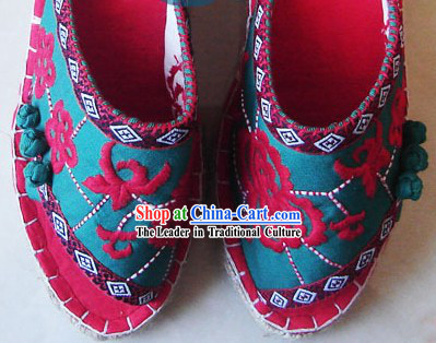 Chinese Handmade Embroidery Slippers