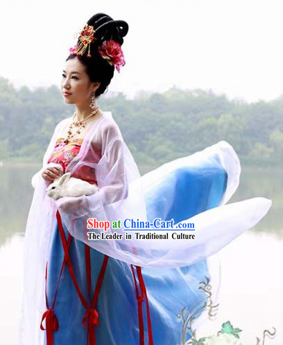 Moon Goddess Costume Hanfu for Mid-Autumn Festival