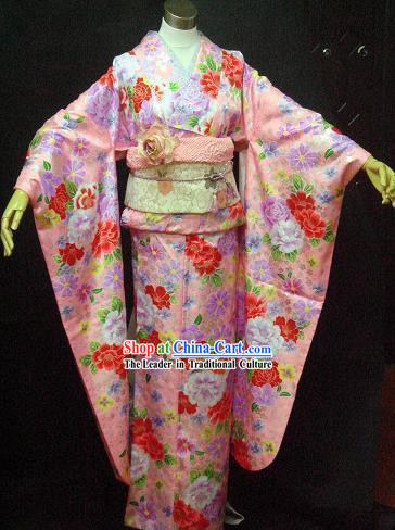 Traditional Japanese Kimono Costumes and Headpiece