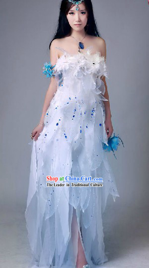 Ancient Chinese Moon Fairy Costumes and Headpiece