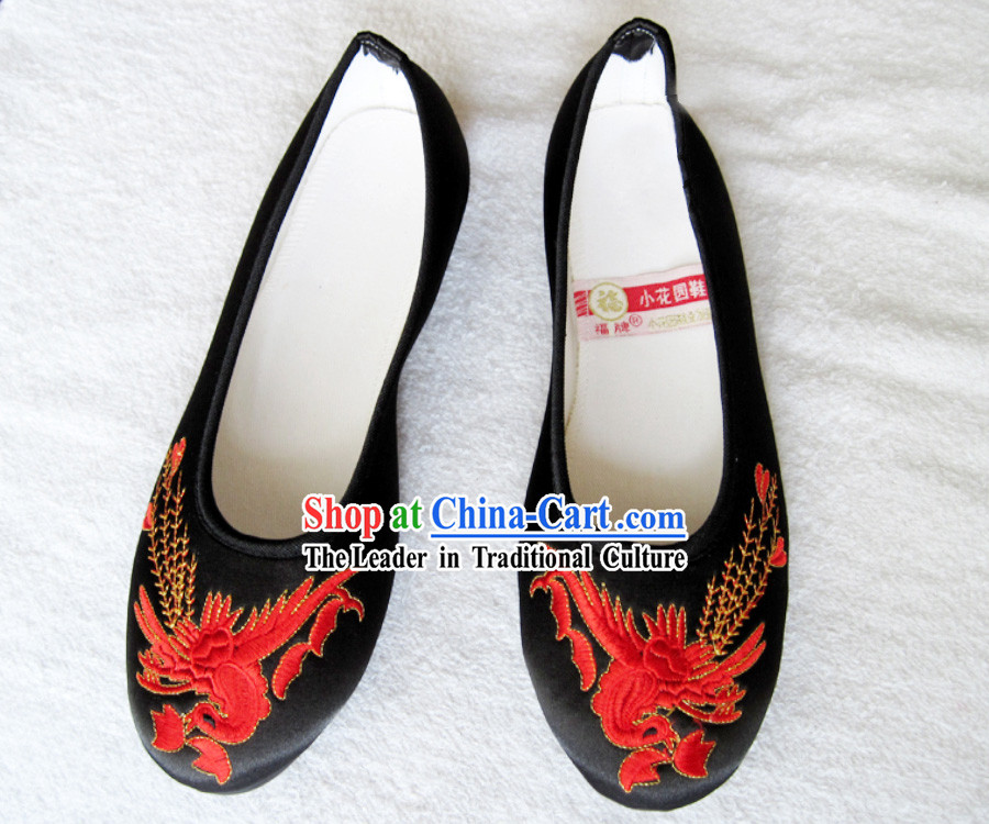 Traditional Chinese Red Wedding Phoenix Cloth Shoes for Women