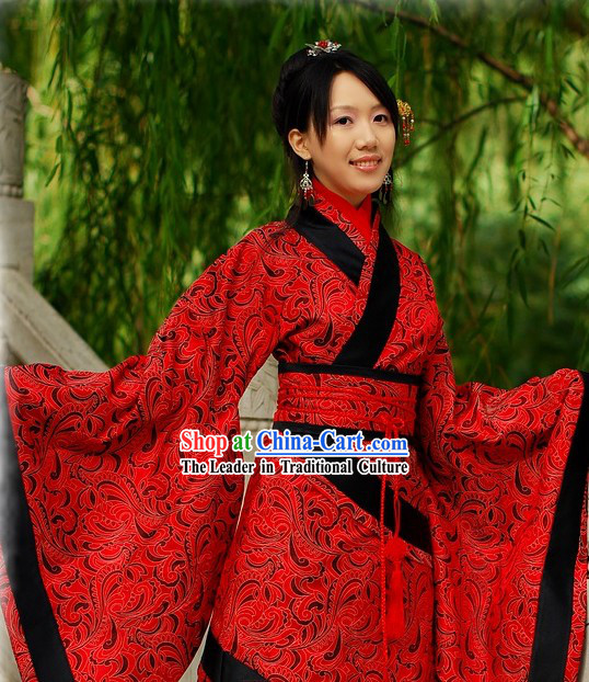 Chinese Classical Red Wedding Hanfu Garment for Women