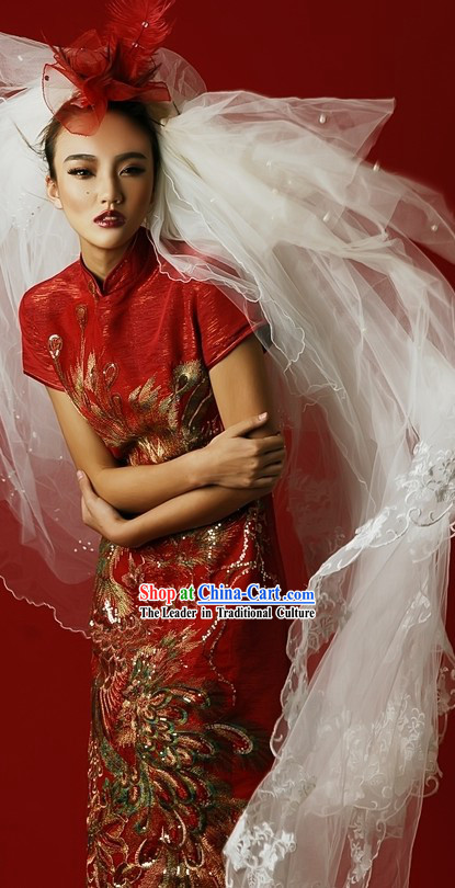 Traditional Chinese Red Phoenix Cheongsam