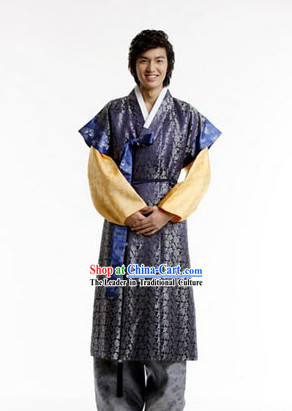 Traditional Korean Hanbok for Men