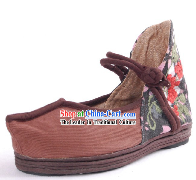Traditional Chinese Handmade Embroidered Shoes