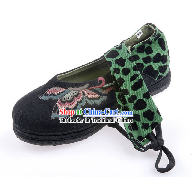 Traditional Chinese Handmade Butterfly Cloth Shoes