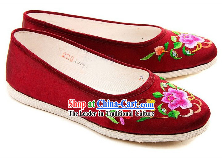 Chinese Handmade Bu Ying Zhai Red Embroidered Shoes for Women