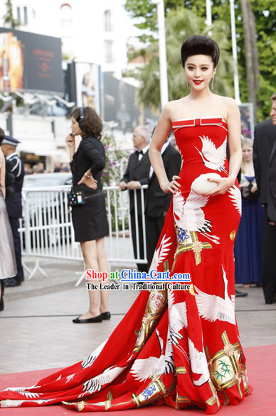 Chinese Classic Red Crane Wedding Dress