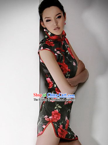 Short Rose Black Silk Qipao