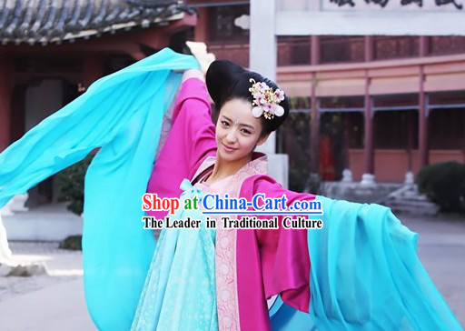 Ancient Tang Dynasty Beauty Dancing Costume