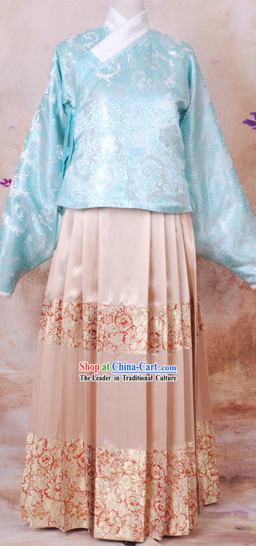 Chinese Ming Dynasty Clothing for Women