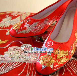 Traditional Chinese Phoenix Wedding Shoes for Brides