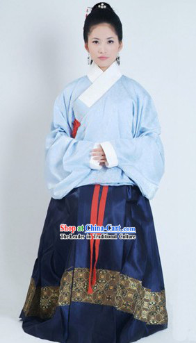 Ancient Ming Dynasty Women Clothing