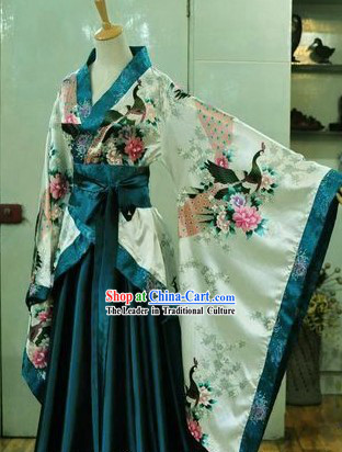 Chinese Classic Peacock Hanfu Clothing for Women