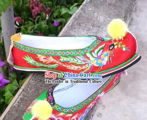 Traditional Chinese Wedding Embroidered Dragon Phoenix Shoes for Brides