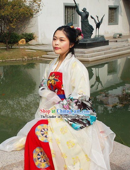 Ancient Chinese Tang Dynasty Yang Yuhuan Costumes and Headpiece