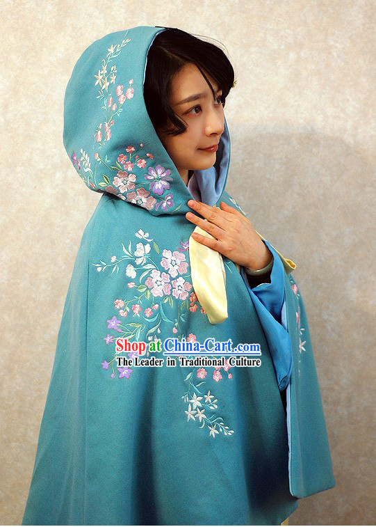 Ancient Chinese Blue Embroidered Flower Princess Royal Cape