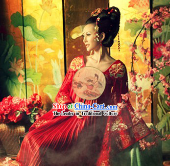 Ancient Chinese Empress Costume and Hair Accessories