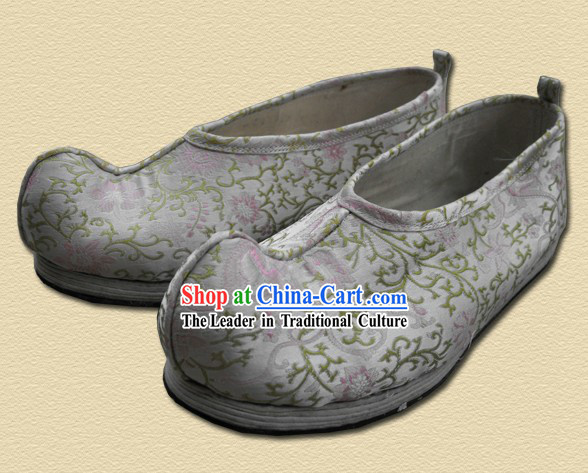 Ancient Chinese Handmade Bow Shoes for Men