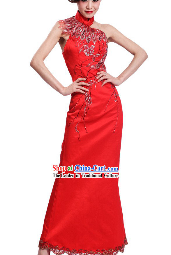 Stunning Unique Red Wedding Cheongsam for Brides