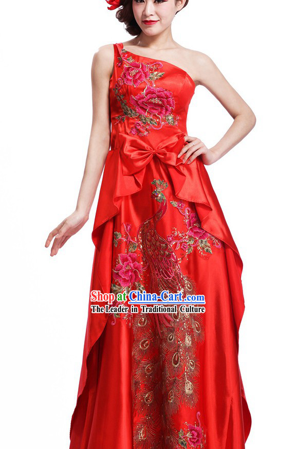 Chinese Classic One Shoulder Peacock Cheongsam for Ladies