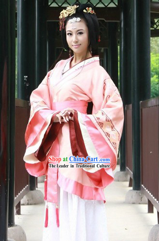 Traditional Chinese Han Dynasty Palace Clothing for Women