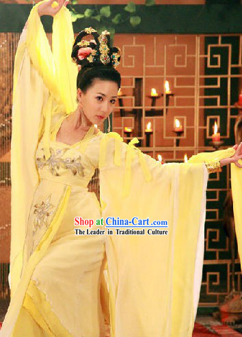 Light Yellow Palace Dance Costumes and Headwear for Women