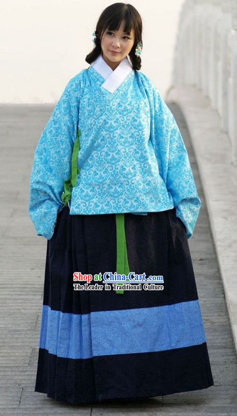 Ancient Chinese Blue Clothing for Women