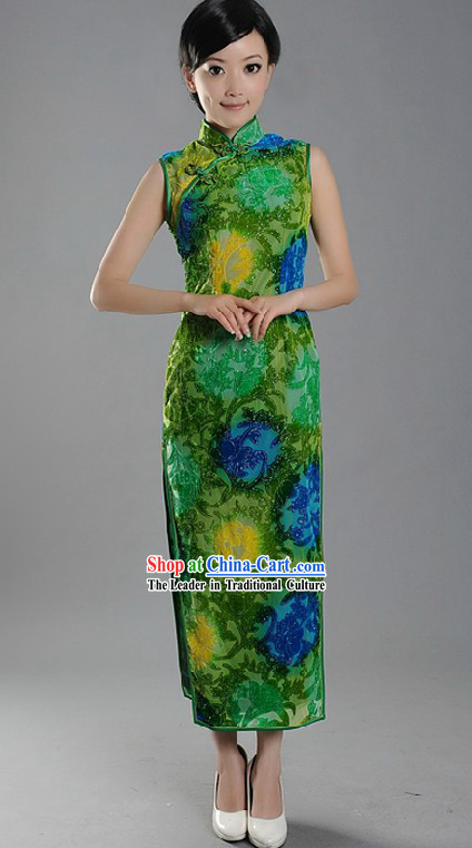 Traditional Minguo Time Chinese Long Green Cheongsam for Women