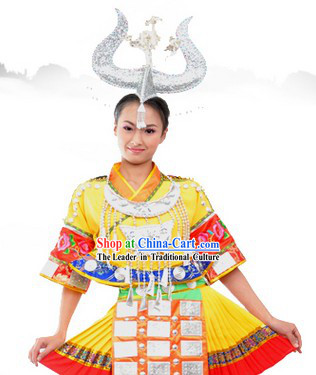 Traditional Chinese Miao Minority Dance Costume and Headpiece for Women