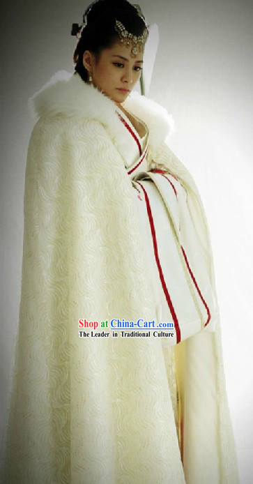 Ancient Chinese Winter White Cape